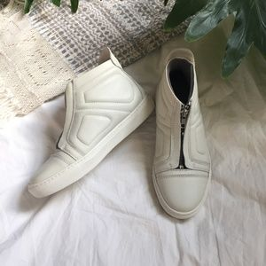 NWOT Leather Trainer Sneaker